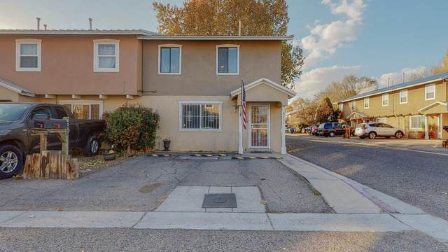 6037 Calle Nueve NW, Albuquerque, NM 87107 (MLS #981540) :: Campbell & Campbell Real Estate Services