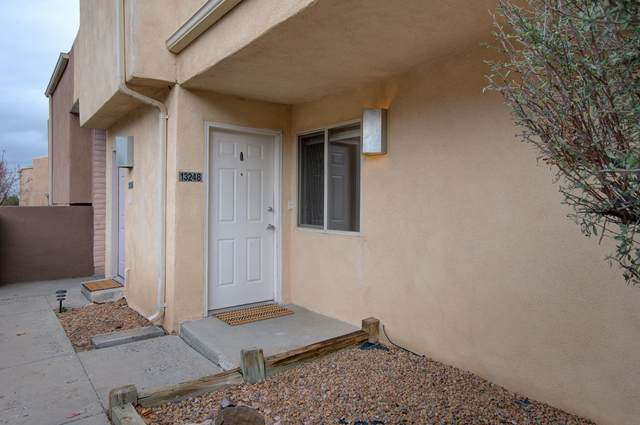 13248 Candelaria Road NE, Albuquerque, NM 87112 (MLS #981652) :: The Bigelow Team / Red Fox Realty