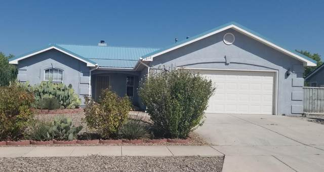 1812 Ash Drive, Los Lunas, NM 87031 (MLS #981772) :: The Buchman Group