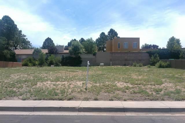 4316 Royene Avenue NE, Albuquerque, NM 87110 (MLS #981878) :: Keller Williams Realty