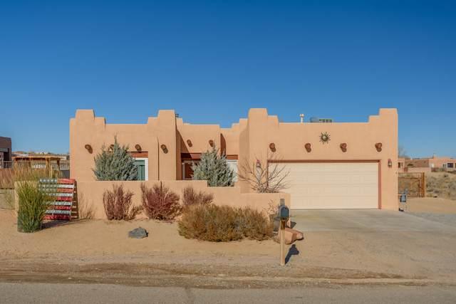 1819 Vargas Road SE, Rio Rancho, NM 87124 (MLS #981960) :: Berkshire Hathaway HomeServices Santa Fe Real Estate