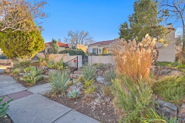 1206 Las Lomas Road NE, Albuquerque, NM 87106 (MLS #982087) :: Berkshire Hathaway HomeServices Santa Fe Real Estate