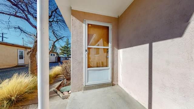 1807 Alvarado Drive NE, Albuquerque, NM 87110 (MLS #982852) :: Campbell & Campbell Real Estate Services