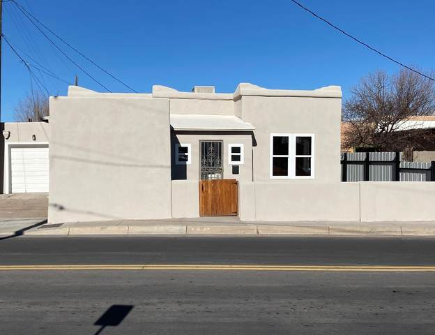 1217 Mountain Road NW, Albuquerque, NM 87102 (MLS #982937) :: Campbell & Campbell Real Estate Services