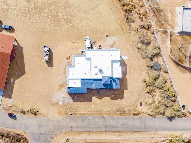 3 Del Cerro Court, Los Lunas, NM 87031 (MLS #982942) :: The Bigelow Team / Red Fox Realty