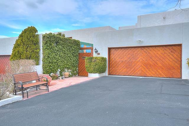 3 La Villita Tres NE, Albuquerque, NM 87112 (MLS #983092) :: Berkshire Hathaway HomeServices Santa Fe Real Estate