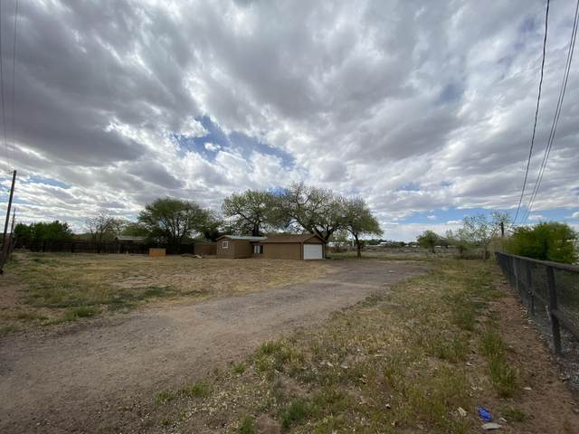 2307 Durand Road SW, Albuquerque, NM 87105 (MLS #983185) :: Keller Williams Realty