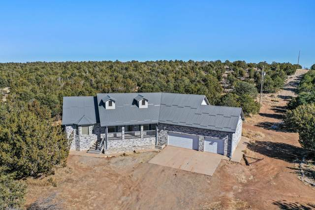 94 Oakwood Road, Tajique, NM 87016 (MLS #983199) :: The Bigelow Team / Red Fox Realty