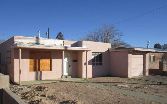 622 Charleston Street NE, Albuquerque, NM 87108 (MLS #983320) :: Campbell & Campbell Real Estate Services