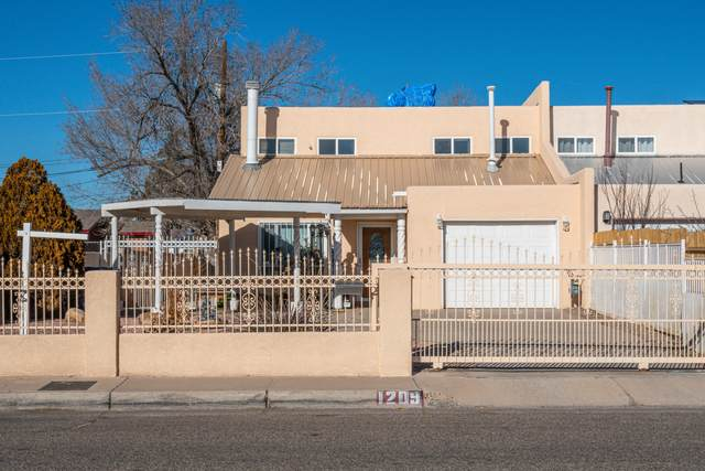 1209 Aztec Road NW, Albuquerque, NM 87107 (MLS #983377) :: Campbell & Campbell Real Estate Services