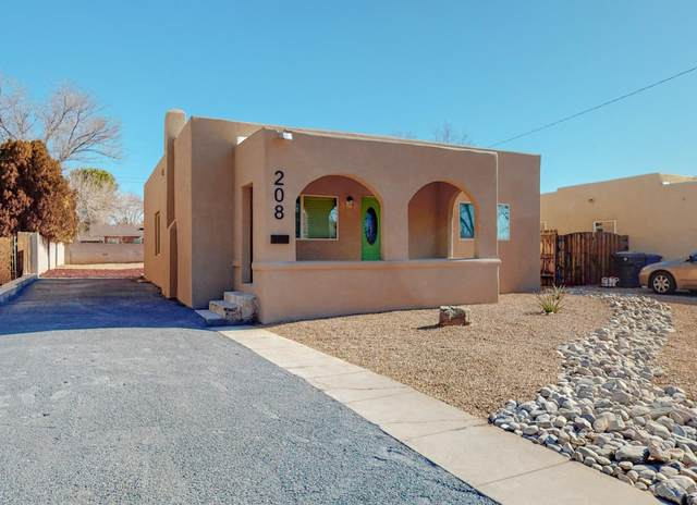 208 Richmond Drive SE, Albuquerque, NM 87106 (MLS #983546) :: The Bigelow Team / Red Fox Realty