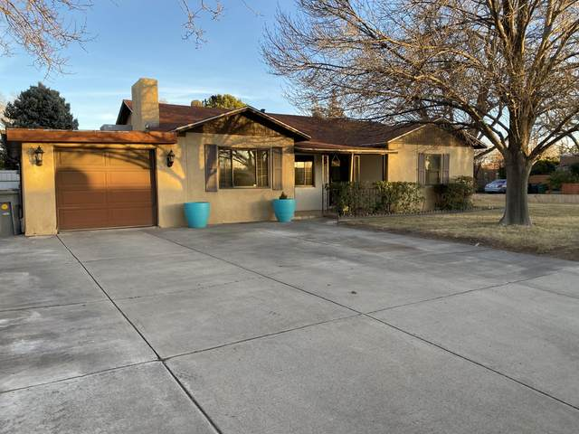 6820 Vermejo Road NW, Albuquerque, NM 87107 (MLS #983549) :: The Bigelow Team / Red Fox Realty