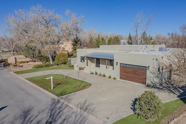 1411 El Portal Road NW, Los Ranchos, NM 87107 (MLS #983551) :: The Bigelow Team / Red Fox Realty