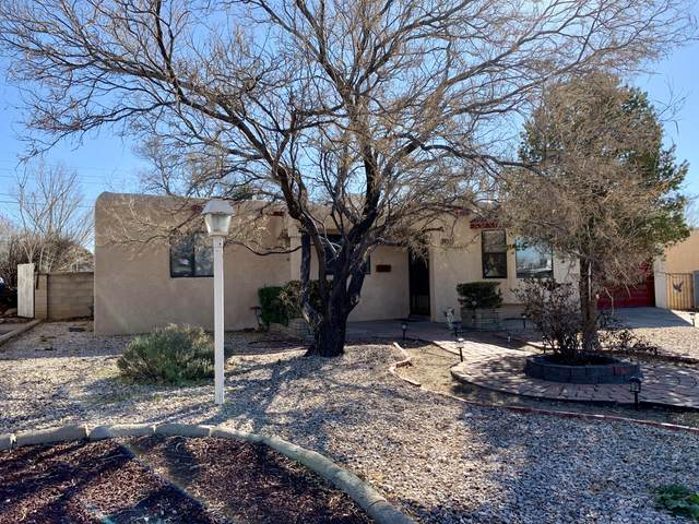 1114 Gretta Street NE, Albuquerque, NM 87112 (MLS #983703) :: Campbell & Campbell Real Estate Services