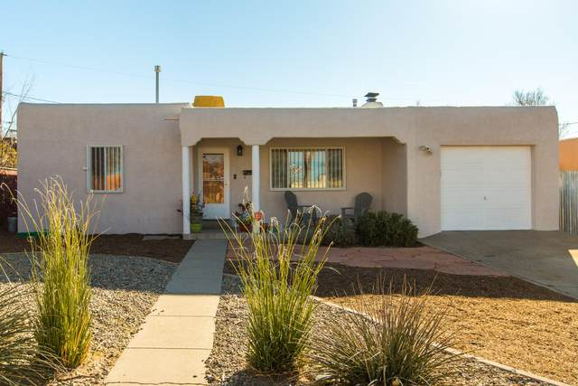 2726 San Joaquin Avenue SE, Albuquerque, NM 87106 (MLS #983785) :: Campbell & Campbell Real Estate Services
