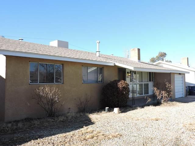 2825 La Veta Drive NE, Albuquerque, NM 87110 (MLS #983790) :: Keller Williams Realty