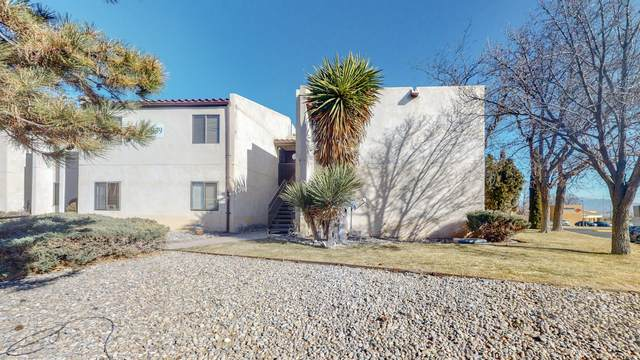 939 Country Club Drive SE E, Rio Rancho, NM 87124 (MLS #983852) :: Campbell & Campbell Real Estate Services