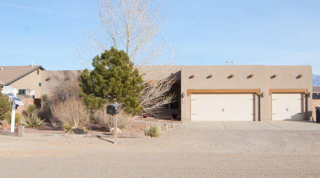 724 5th Street NE, Rio Rancho, NM 87124 (MLS #983865) :: Campbell & Campbell Real Estate Services