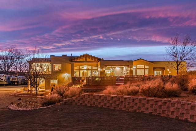 124 Savannah Lane, Corrales, NM 87048 (MLS #983958) :: The Buchman Group