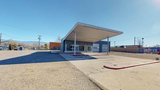 3910 N 4TH Street NW, Albuquerque, NM 87107 (MLS #983974) :: Keller Williams Realty