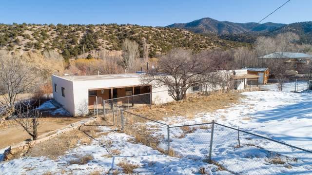 2 Calle De Los Trujillos, Santa Fe, NM 87506 (MLS #984076) :: The Bigelow Team / Red Fox Realty