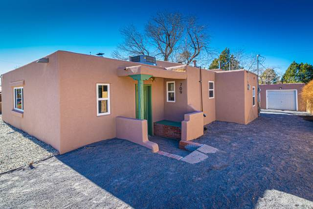 709 Jefferson Street NE, Albuquerque, NM 87110 (MLS #984084) :: Keller Williams Realty