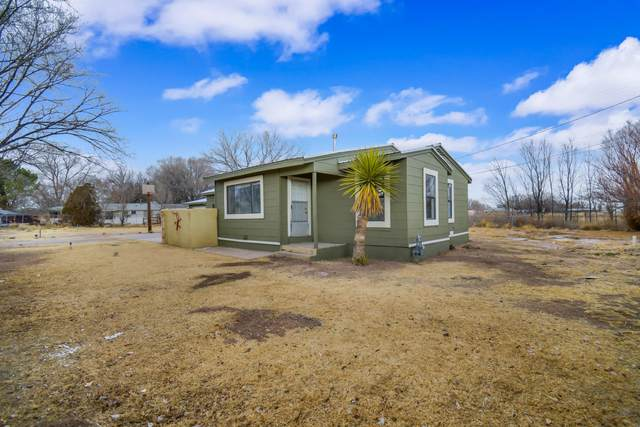 4535 Allsups Circle, Los Lunas, NM 87031 (MLS #984186) :: The Bigelow Team / Red Fox Realty