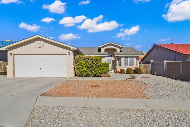 7501 Autumn Canyon Road SW, Albuquerque, NM 87121 (MLS #984191) :: Keller Williams Realty