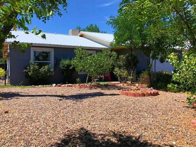 1821 Abbey Court SE, Rio Rancho, NM 87124 (MLS #984203) :: The Buchman Group