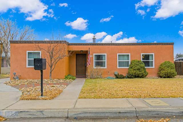 4165 Chama Street NE, Albuquerque, NM 87109 (MLS #984216) :: HergGroup Albuquerque