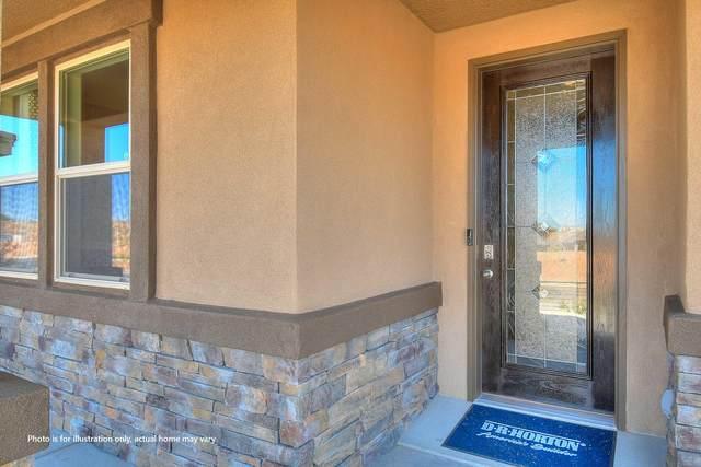 2020 Duke City Street SE, Albuquerque, NM 87123 (MLS #984243) :: The Buchman Group