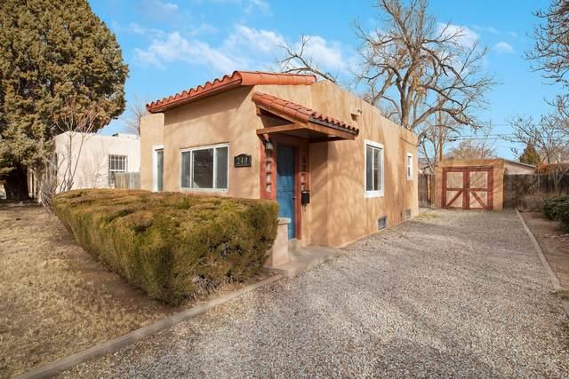 240 Solano Drive NE, Albuquerque, NM 87108 (MLS #984267) :: The Buchman Group