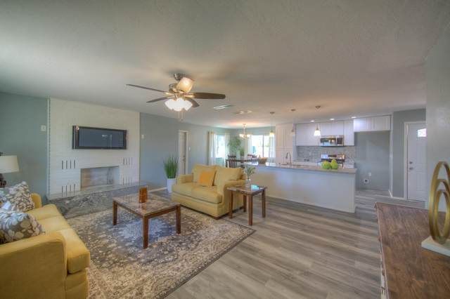 2 Goodhart Road, Los Lunas, NM 87031 (MLS #984272) :: Campbell & Campbell Real Estate Services