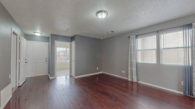 1130 Desert Sunflower Drive NE, Rio Rancho, NM 87144 (MLS #984282) :: Campbell & Campbell Real Estate Services
