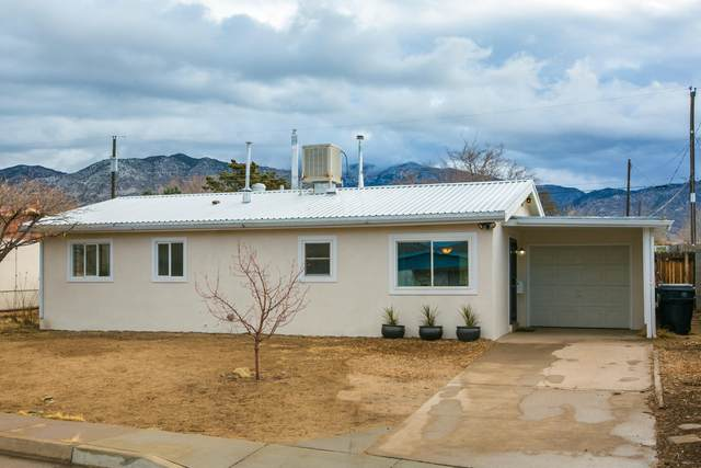 1708 Martha Street NE, Albuquerque, NM 87112 (MLS #984292) :: Campbell & Campbell Real Estate Services