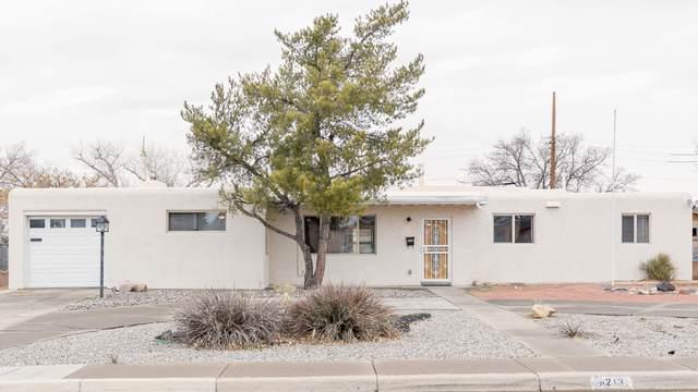 6213 Aztec Road NE, Albuquerque, NM 87110 (MLS #984373) :: Keller Williams Realty