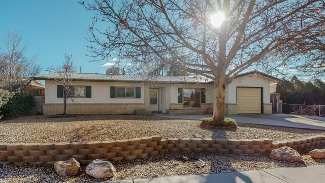 8608 Bellehaven Avenue NE, Albuquerque, NM 87112 (MLS #984406) :: HergGroup Albuquerque