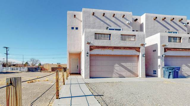219 Truman Street NE, Albuquerque, NM 87108 (MLS #984418) :: Campbell & Campbell Real Estate Services