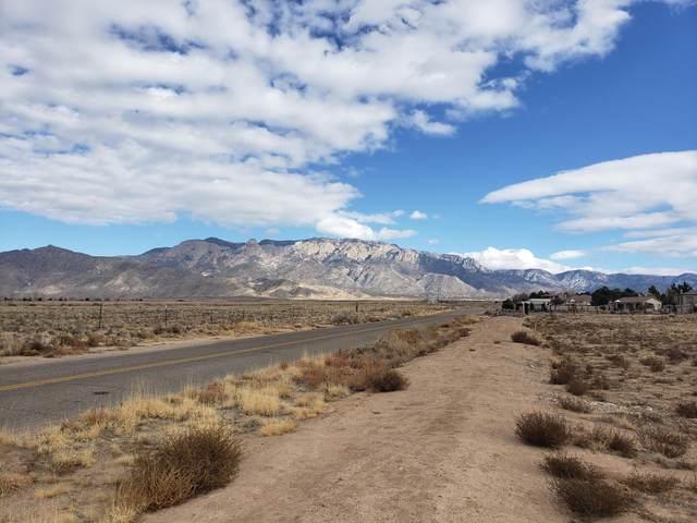 7020 Elena Drive NE, Albuquerque, NM 87113 (MLS #984502) :: The Buchman Group