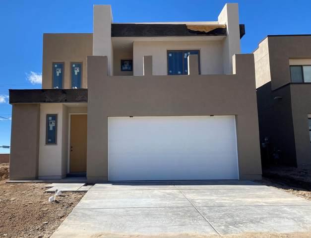 813 Horned Owl NE, Albuquerque, NM 87122 (MLS #985281) :: Sandi Pressley Team