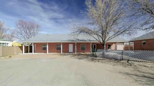 595 El Pueblo Road NW, Los Ranchos, NM 87114 (MLS #985446) :: The Buchman Group