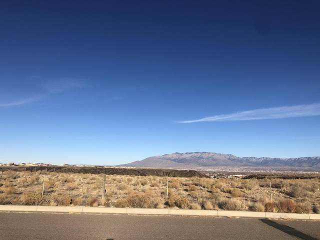 6505 Magma Place NW, Albuquerque, NM 87120 (MLS #985530) :: The Buchman Group