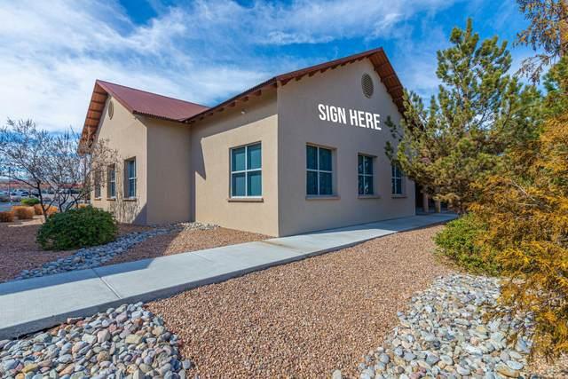 2116 Vista Oeste NW, Albuquerque, NM 87120 (MLS #985667) :: The Buchman Group