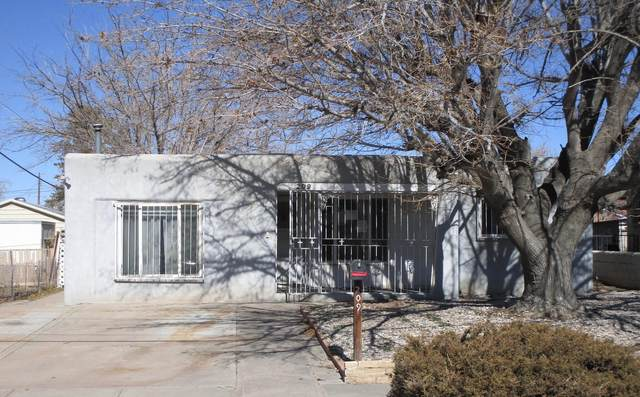 209 Arvada Avenue NE, Albuquerque, NM 87102 (MLS #985722) :: The Buchman Group