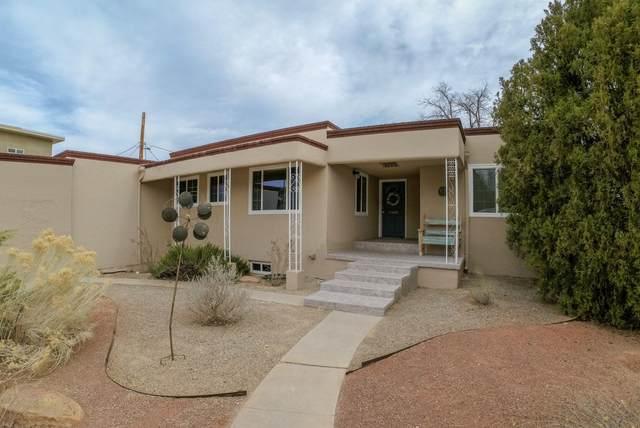 1506 Vista Larga Court NE, Albuquerque, NM 87106 (MLS #985738) :: Keller Williams Realty