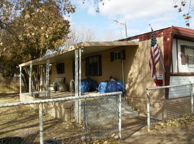 119 Marlowe Lane NE, Albuquerque, NM 87113 (MLS #985783) :: The Buchman Group
