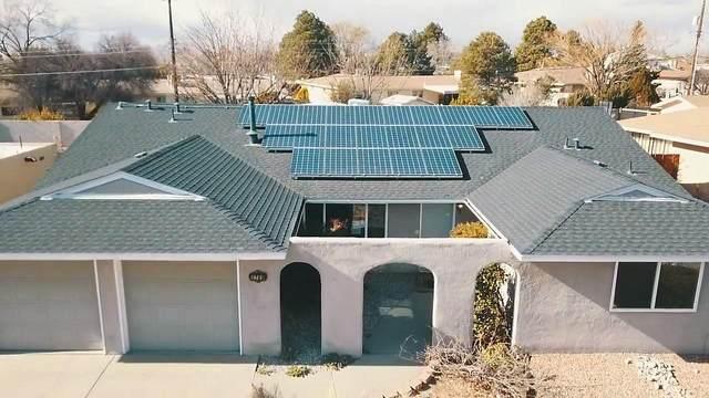 3709 Erbbe Street NE, Albuquerque, NM 87111 (MLS #985878) :: Berkshire Hathaway HomeServices Santa Fe Real Estate