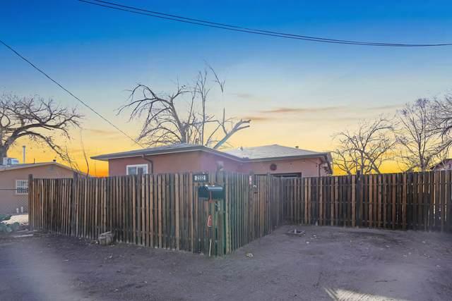 2332 Salvador Road SW, Albuquerque, NM 87105 (MLS #986497) :: Campbell & Campbell Real Estate Services