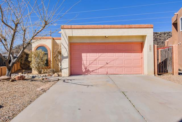 7617 Cleghorn Court NW, Albuquerque, NM 87120 (MLS #986686) :: Keller Williams Realty