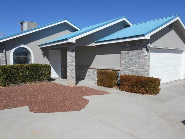 1173 Camino Del Rey SW, Los Lunas, NM 87031 (MLS #986714) :: Sandi Pressley Team
